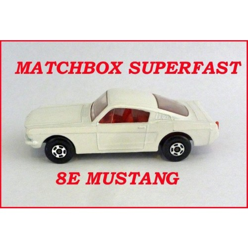 Matchbox Superfast MB8e Ford Mustang