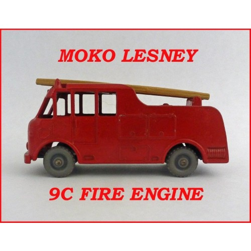 Moko Lesney Matchbox Toys MB9c Merryweather Fire Engine