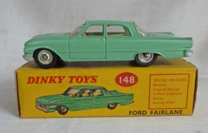 Dinky Toys 148 Ford Fairlane Turquoise