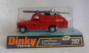 Dinky Toys 282 Land Rover Fire Appliance