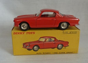 French Dinky Toys 527 Alfa Romeo 1900 Super Sprint