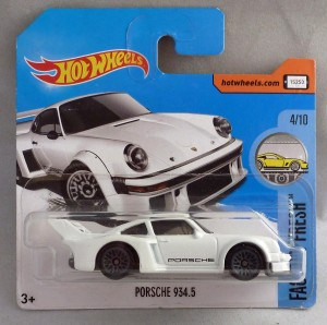 "HotWheels Porsche 934.5 White ""Factory Fresh"" 4/10"