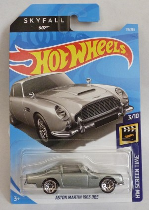 "HotWheels 007 James Bond Aston Martin DB5 ""Skyfall"" Long Card"