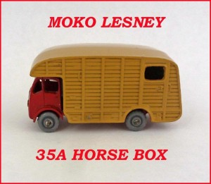 Moko Lesney Matchbox MB35 Marshall Horse Box 35a