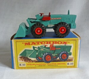 Matchbox King Size K-10 Tractor Shovel Red Wheels E2 Box
