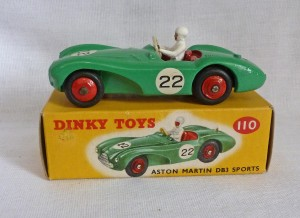 Dinky Toys 110 Aston Martin DB3 Sports