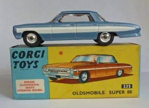 Corgi Toys 235 Oldsmobile Super 88