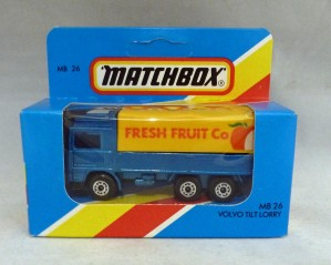 "Lesney Matchbox Blue Box MB26g Volvo Tilt Lorry ""Fresh Fruit"""