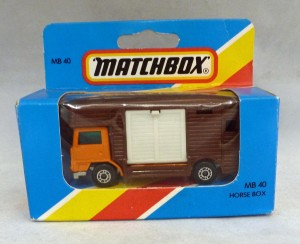 Lesney Matchbox Blue Box MB40e Horse Box Dark Orange [B]