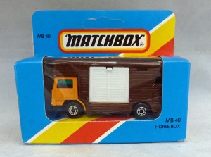 Lesney Matchbox Blue Box MB40e Horse Box Light Orange