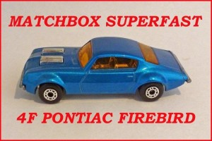 Matchbox Superfast MB4 Pontiac Firebird 4f