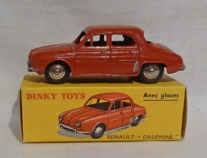 French Dinky Toys 524 Renault Dauphine