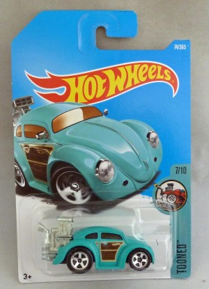 "HotWheels Volkswagen Beetle Turquoise ""Tooned"" 7/10 Long Card"