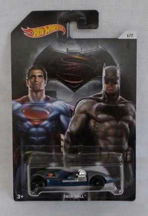 "HotWheels Super Heroes ""Superman"" & ""Batman"" Twin Mill 1/7"